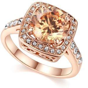 Jewelry - Gorgeous sparkly 18k rose gold ring nwt